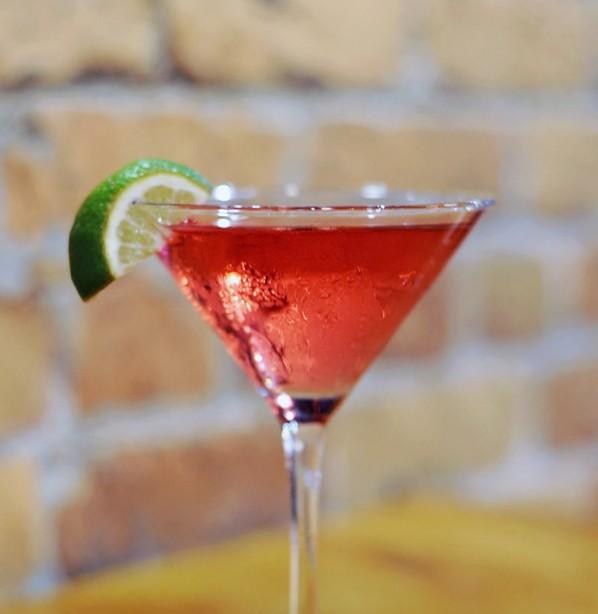 727-martini-monday-special-bradenton-600x900